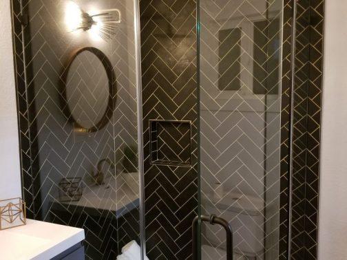 https://hayvenhomes.com/wp-content/uploads/2019/10/Shower-Remodel-e1570998621769-504x378.jpg